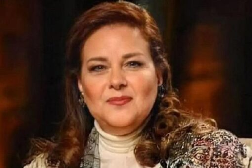 الموت يغيب الفنانة المصرية دلال عبد العزيز