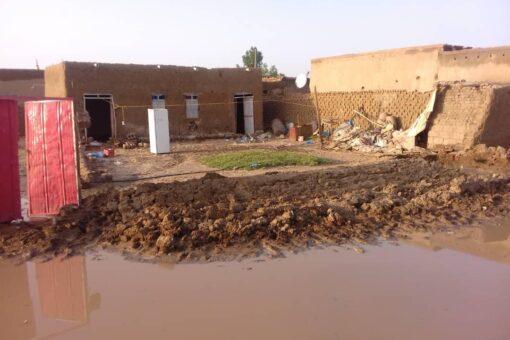 رئيس غرفة الطوارئ بنهر النيل يقف على الأوضاع بمحلية عطبرة