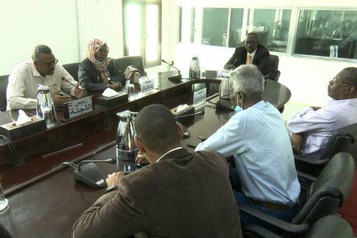 اللجنة القومية العليا لانجاح الموسم الزراعي تؤمن على تذليل العقبات