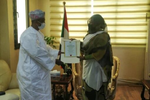 وزيرة الخارجية تتسلم أوراق اعتماد السفير النيجيري لدى السودان