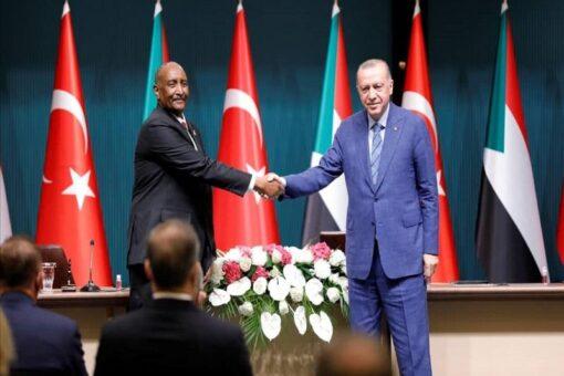 البرهان وأردوغان يؤكدان متانة علاقات البلدين ويتعهدان بتطويرها