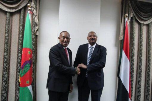 السودان و كومنولث دومينيكا يوقعان بيانا مشتركا لاقامة علاقات دبلوماسية