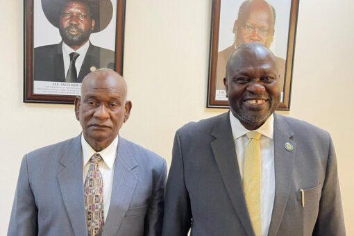 مبعوث السودان الخاص للسلام في جنوب السودان يلتقي مشار