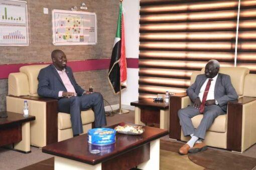 وزارة المعادن تدعم مشروع حصر المعدنين التقليديين في السودان