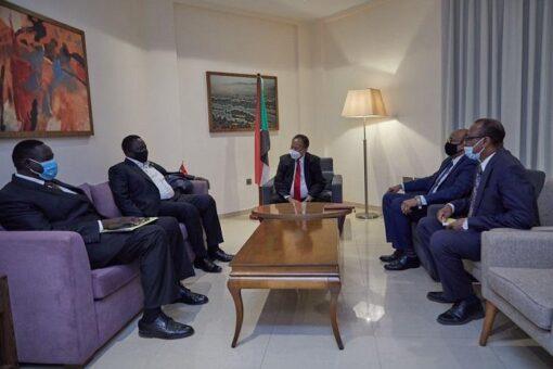 حمدوك ونائب رئيس دولة جنوب السودان يبحثان تطوير العلاقات