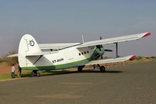 هبوط من أجل السلامة لطائرة رش في أم درمان