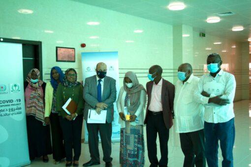 والي غرب دارفور واعضاء حكومته يستقبلون بعثة مريخ الجنينة