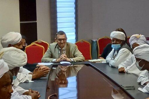 مجلس الادارة الاهلية بشرق السودان يلتقي رئيس البعثة الاممية للسودان