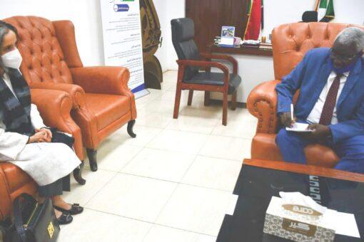وزير التنمية الاجتماعيّة يلتقي الممثّلة القطرية لليونيسيف