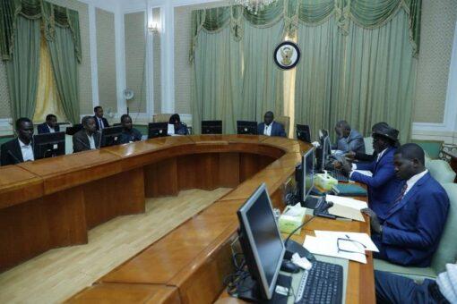 التعايشي يترأس إجتماع اللجنة المشتركة لمتابعة تنفيذ إتفاق مسار دارفور