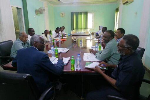 وزيرالري يوجه بتكوين آلية لإدارة مشاريع مياه الشرب الممولة أجنبيا
