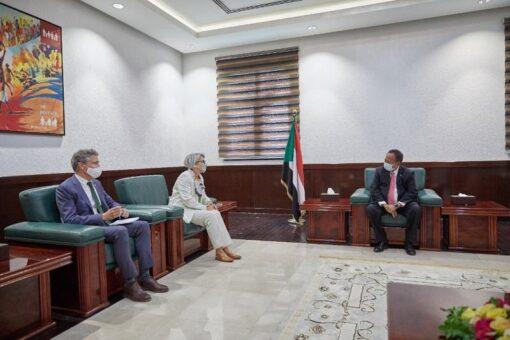حمدوك يلتقي مبعوث الاتحاد الأوروبي للقرن الأفريقي
