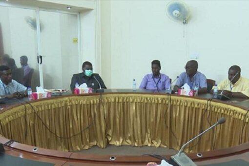 الطاهرحجريطلع على الوضع الامني وجهود تعزيز السلام بشرق دارفور