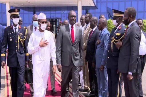 رئيس المجلس العسكري الإنتقالي التشادي يختتم زيارة للبلاد