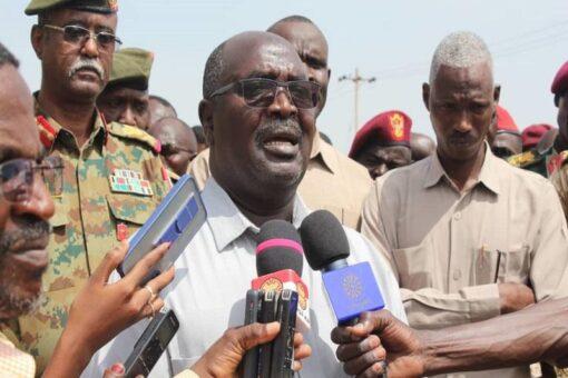 والي غرب دارفور يستقبل قافلةالدعم الإنساني من دولةالإمارات العربية