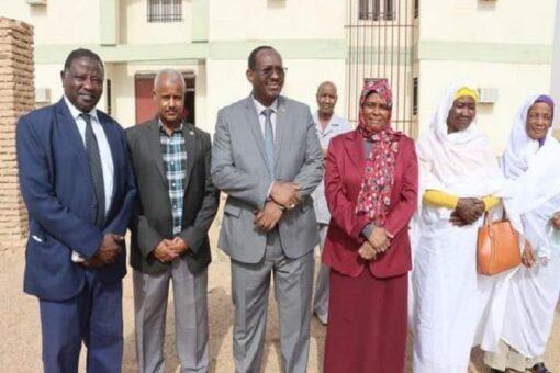 الضي يتفقد البنى التحتية الرياضية بنهر النيل
