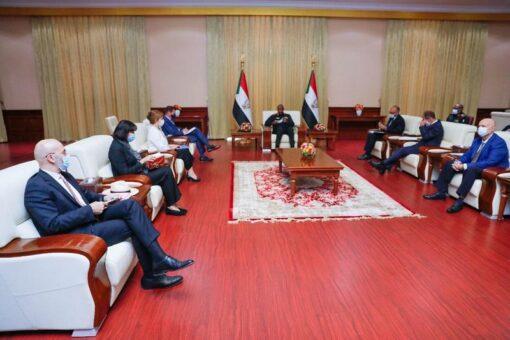 البرهان يؤكد حرص السودان على تعزيزعلاقاته مع دول الاتحاد الأوروبي