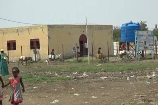 100 فرد التدفق اليومى للاجئين بمعسكر الشجراب بودالحليو