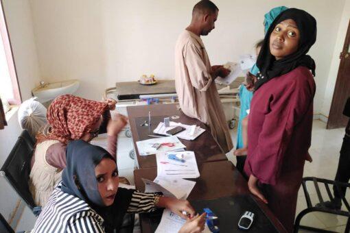 التأمين الصحي بمحلية بربر يواصل تغطية الأسر الفقيرة