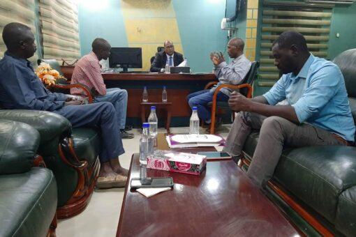 مديرالصندوق القومي للتأمين الصحي يبحث سير الخدمات الصحية بشرق دارفور
