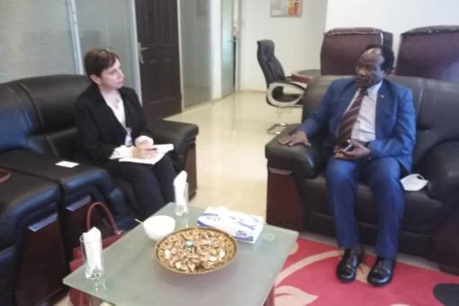 بحث الفرص الاستثمارية بين السودان وبريطانيا