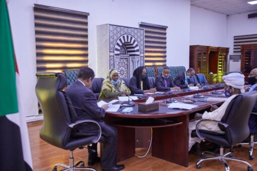حمدوك:مساهمات المجلس الاستشاري بالحوكمة،محاربة الفساد وفرص عمل للشباب