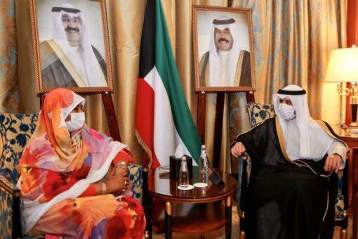 مريم تجتمع مع وزير الخارجية الكويتي