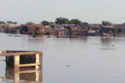 السيول تجتاح احد معسكرات لاجئ جنوب السودان بالنيل الابيض