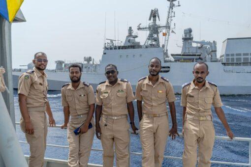 القوات البحرية السودانية تنفذ تدريباً بحرياً عابراً مع نظيرتها الهندية