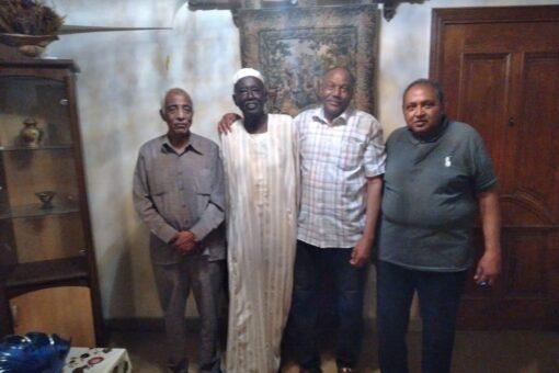 رئيس الجالية السودانية بمصر يطمئن على صحة عبدالقادر سالم