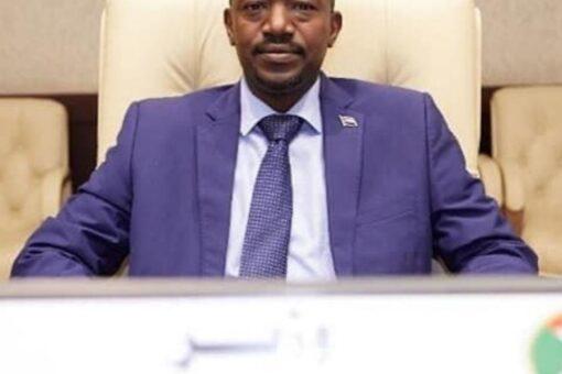 وزير التنمية العمرانية:جهود كبيرة لصيانة الطرق القومية