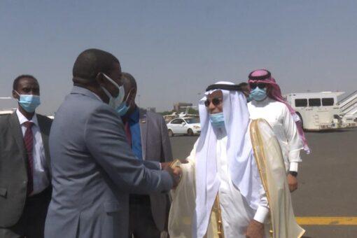 عضو مجلس السيادة الطاهر يتوجه إلى المملكة العربية السعودية