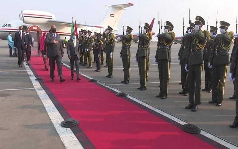 إبراهيم جابر يصل العاصمة الأنغولية لواندا