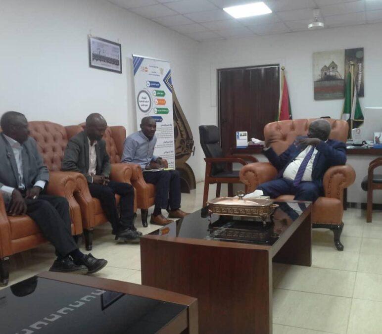 وزير التنمية الاجتماعية يلتقي مدير عام وزارة الصحة بشرق دارفور