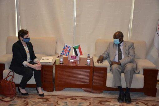 وزير الطاقة والنفط يلتقي القائم بأعمال السفارة البريطانية بالسودان