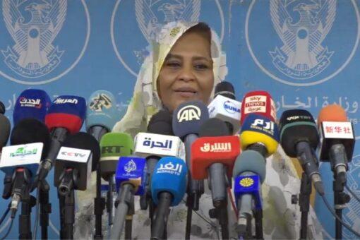 مريم الصادق: هناك تقديرات بأن السودان يأوي 10 ملايين لاجئ