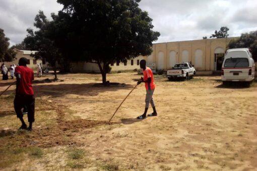مبادرة شبابية لنفير نظافة المستشفى الريفي بمحلية رشاد