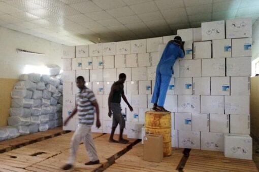 صحة الجزيرة تتسلم كميات من معدات التغذية وموازين للاطفال