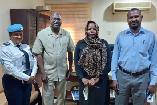 والي جنوب دارفور يبحث زيارة فريق خبراء يونتامس للولاية