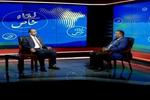 محمد الفكي يشيد بالقوات النظامية ويطالب بدعمها