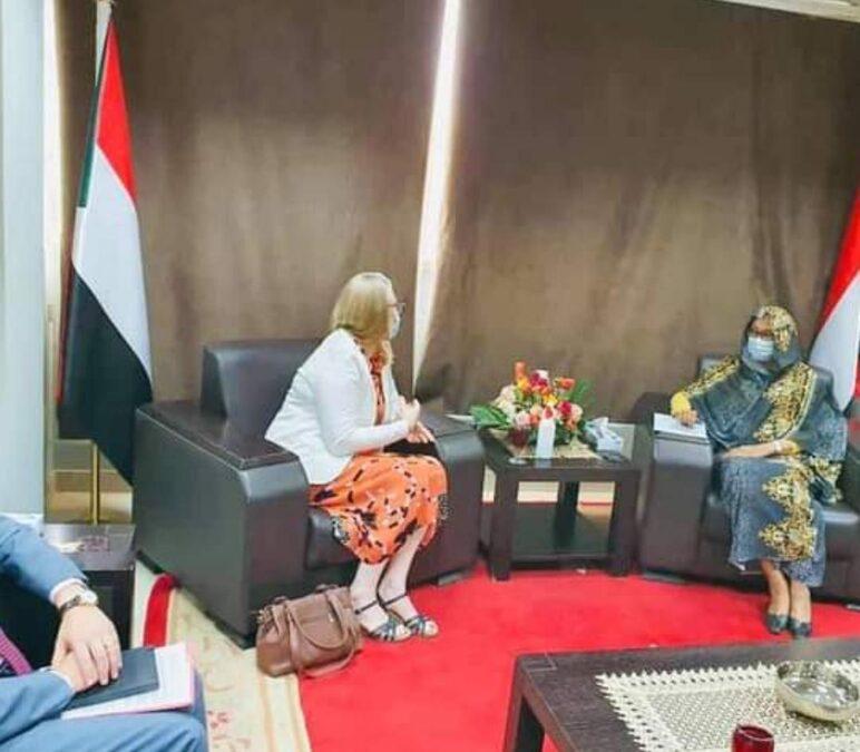 الخارجية تؤكد التزام الحكومة الانتقالية بتنفيذ اتفاق سلام جوبا