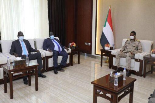 دقلو يلتقي مستشار رئيس دولة جنوب السودان توت قلواك