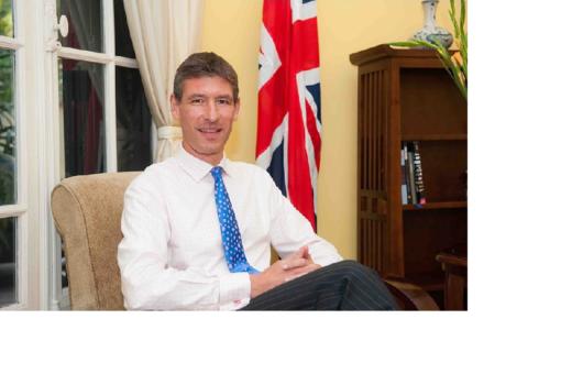 سفير بريطانيا بالخرطوم يؤكد دعم بلاده لجهود الإنتقال بالسودان
