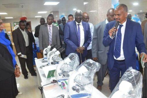 والى شمال دارفور ووزير التنمية الاجتماعية يفتتحان مجمع دينار الطبي