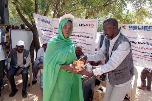الإغاثةالدولية تحتفل باليوم الدولي لغسل الأيدي بالماء والصابون بمعسكر زمزم