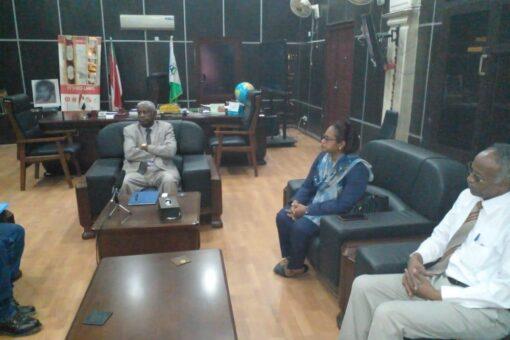 """والي الجزيرة يلتقي وفد """"المجموعة السودانية الديمقراطية أولا"""""""