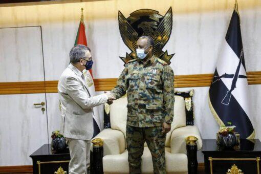 رئيس مجلس السيادة يلتقي رئيس بعثة يونيتامس
