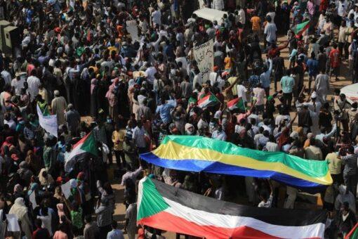 وجدي صالح:الشوارع حملتنا لمواقع المسؤولية واهدافها ومطالبها واجبة التنفيذ