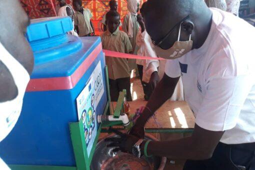كوبي الايطالية تحتفل باليوم الدولي لغسل الايدي بشمال دارفور